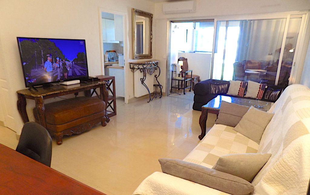 Appartement à vendre 2 51.4m2 à Cannes vignette-1