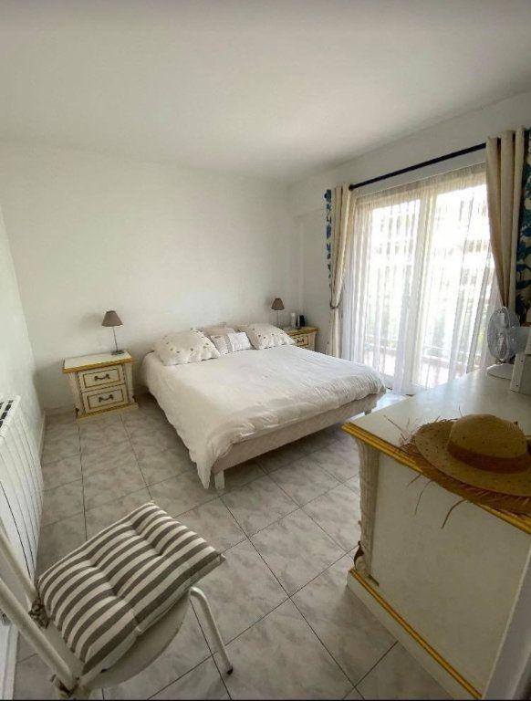 Appartement à vendre 2 59.3m2 à Cannes vignette-3