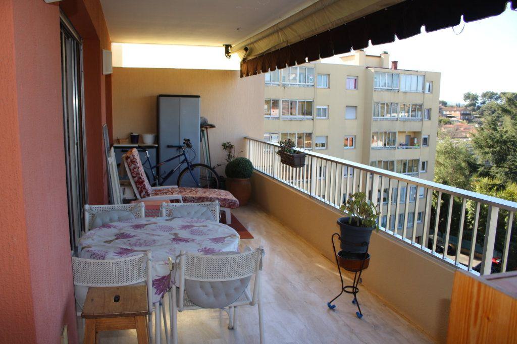 Appartement à vendre 3 94.12m2 à Le Cannet vignette-4