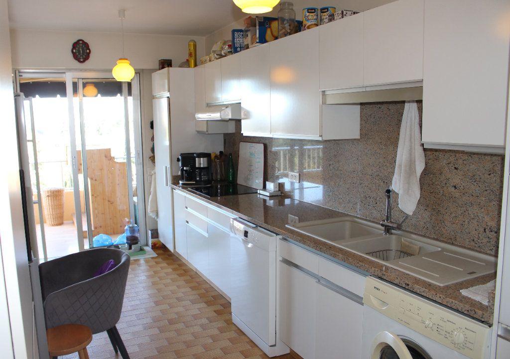 Appartement à vendre 3 94.12m2 à Le Cannet vignette-8