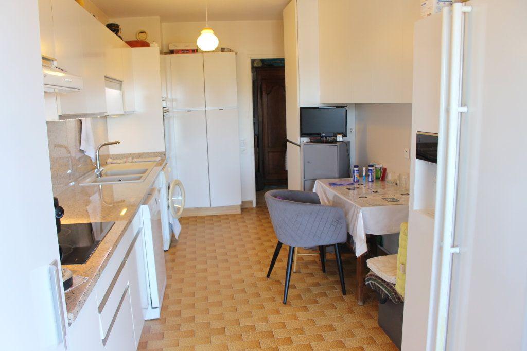Appartement à vendre 3 94.12m2 à Le Cannet vignette-9