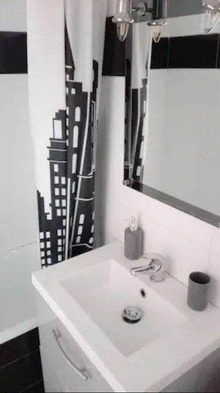 Appartement à louer 1 19m2 à Cannes vignette-4
