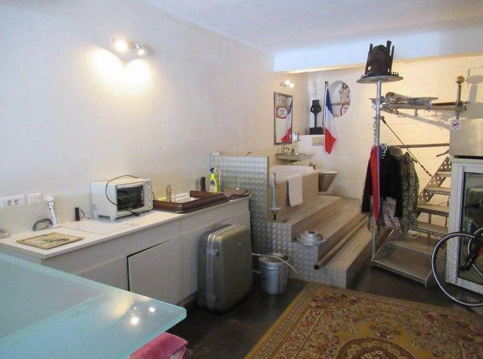 Appartement à vendre 4 119m2 à Cannes vignette-11