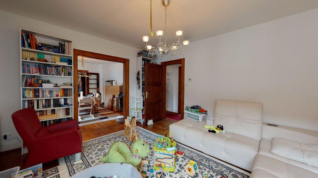 Appartement à louer 4 96m2 à Neuf-Brisach vignette-3