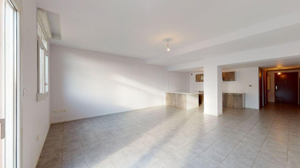 Appartement à vendre 5 118m2 à Volgelsheim vignette-3