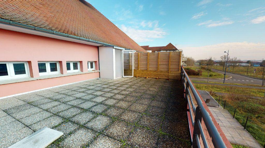 Appartement à vendre 5 118m2 à Volgelsheim vignette-9