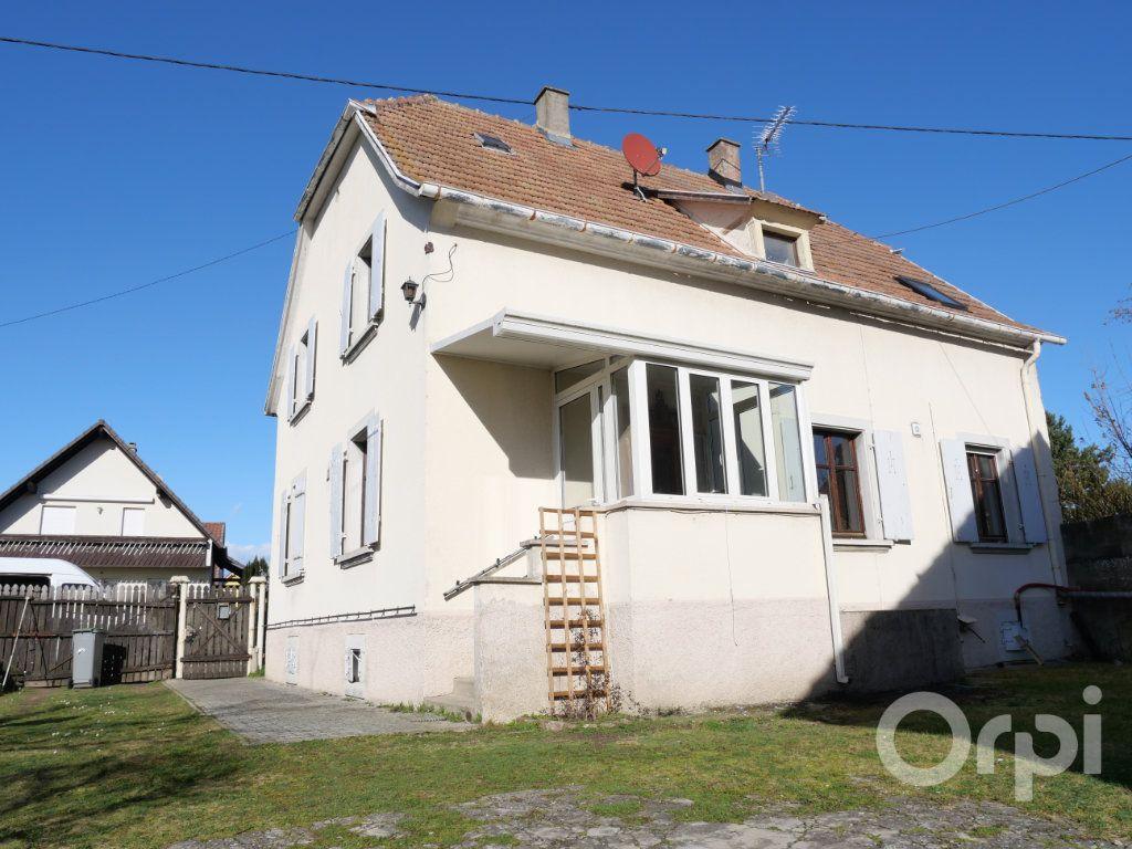 Appartement à louer 3 70.29m2 à Kunheim vignette-1