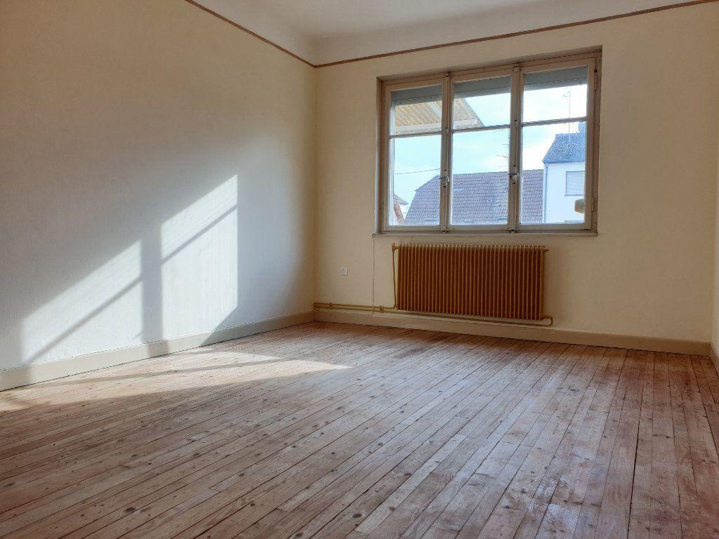 Maison à vendre 7 140m2 à Neuf-Brisach vignette-5