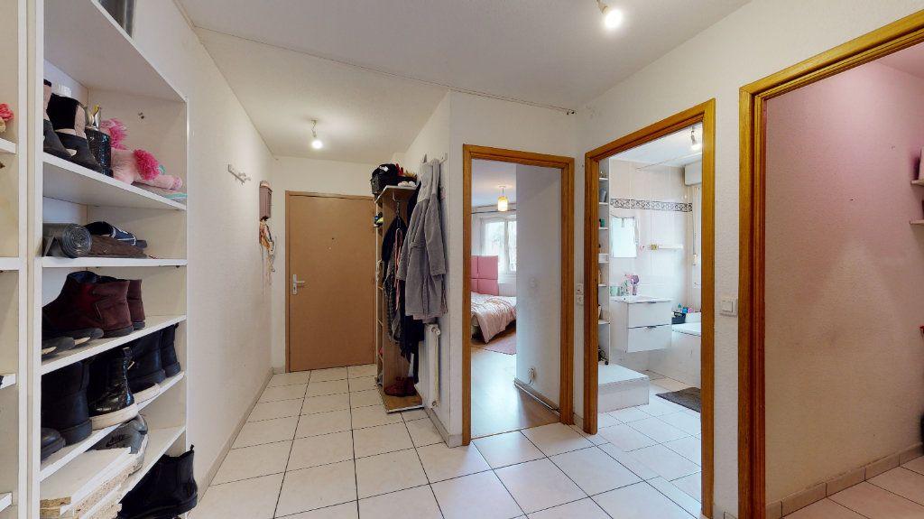 Appartement à louer 3 79m2 à Colmar vignette-1