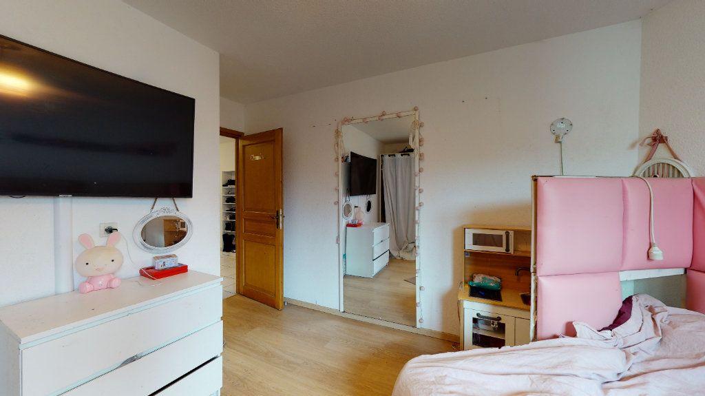 Appartement à louer 3 79m2 à Colmar vignette-4