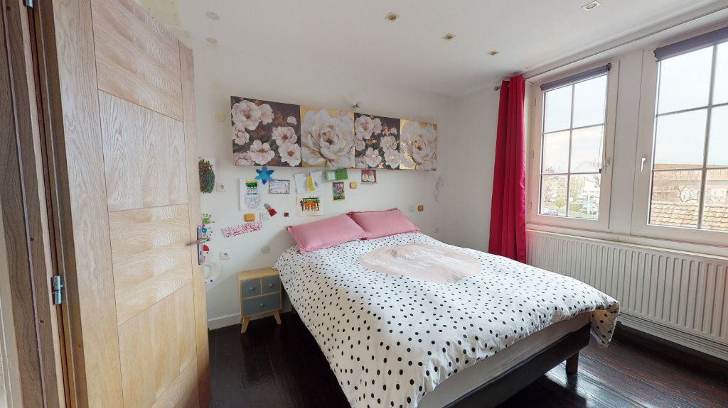 Appartement à vendre 3 81.03m2 à Colmar vignette-3