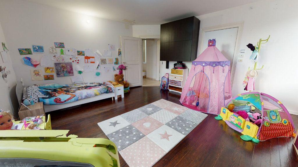 Appartement à vendre 3 81.03m2 à Colmar vignette-4