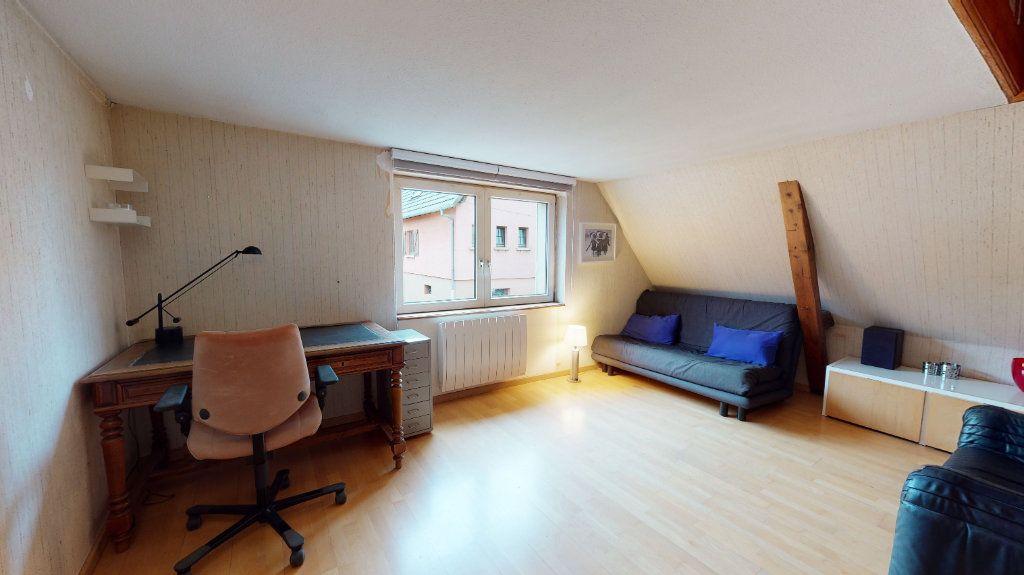 Maison à vendre 4 125m2 à Houssen vignette-5