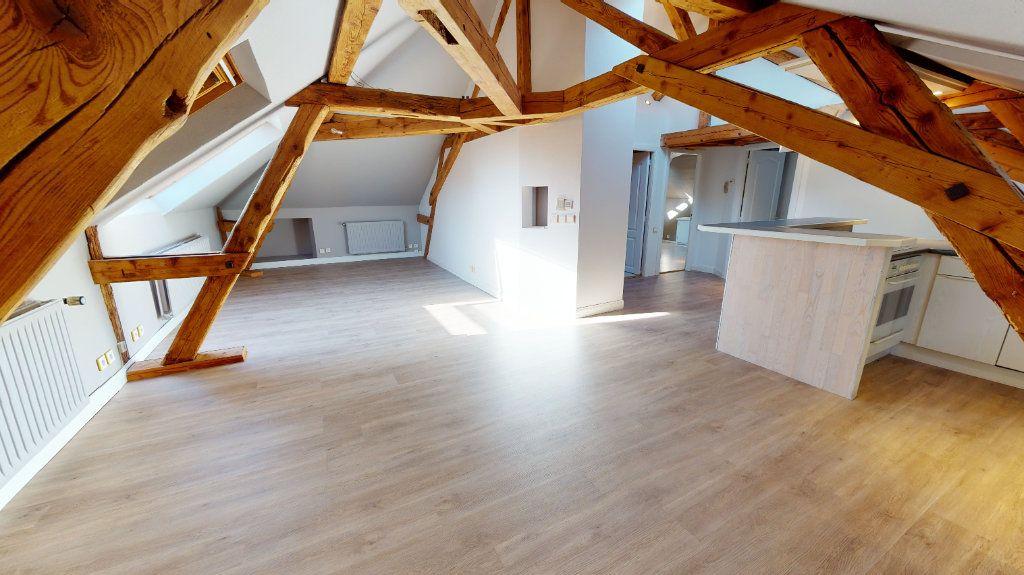 Appartement à louer 3 78m2 à Colmar vignette-1