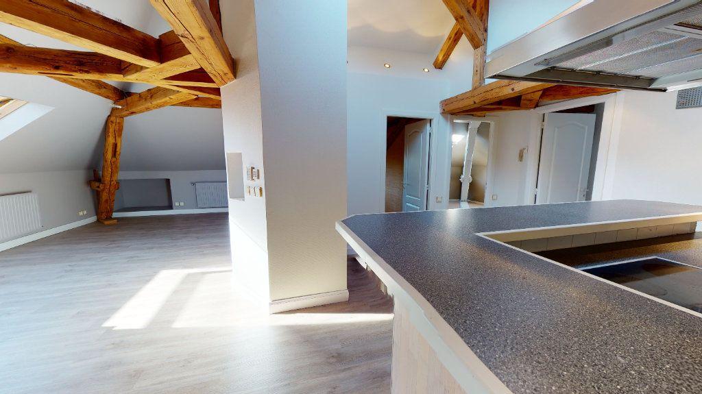 Appartement à louer 3 78m2 à Colmar vignette-3