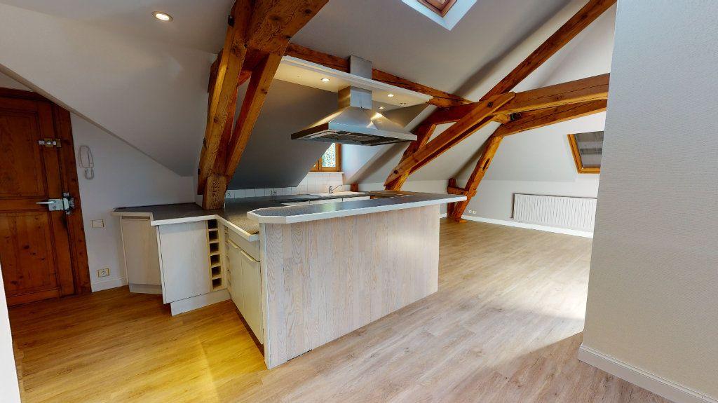 Appartement à louer 3 78m2 à Colmar vignette-6