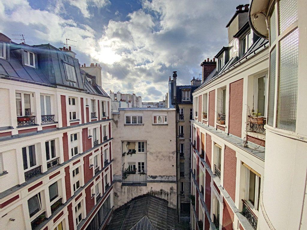 Appartement à vendre 3 41.55m2 à Paris 10 vignette-8