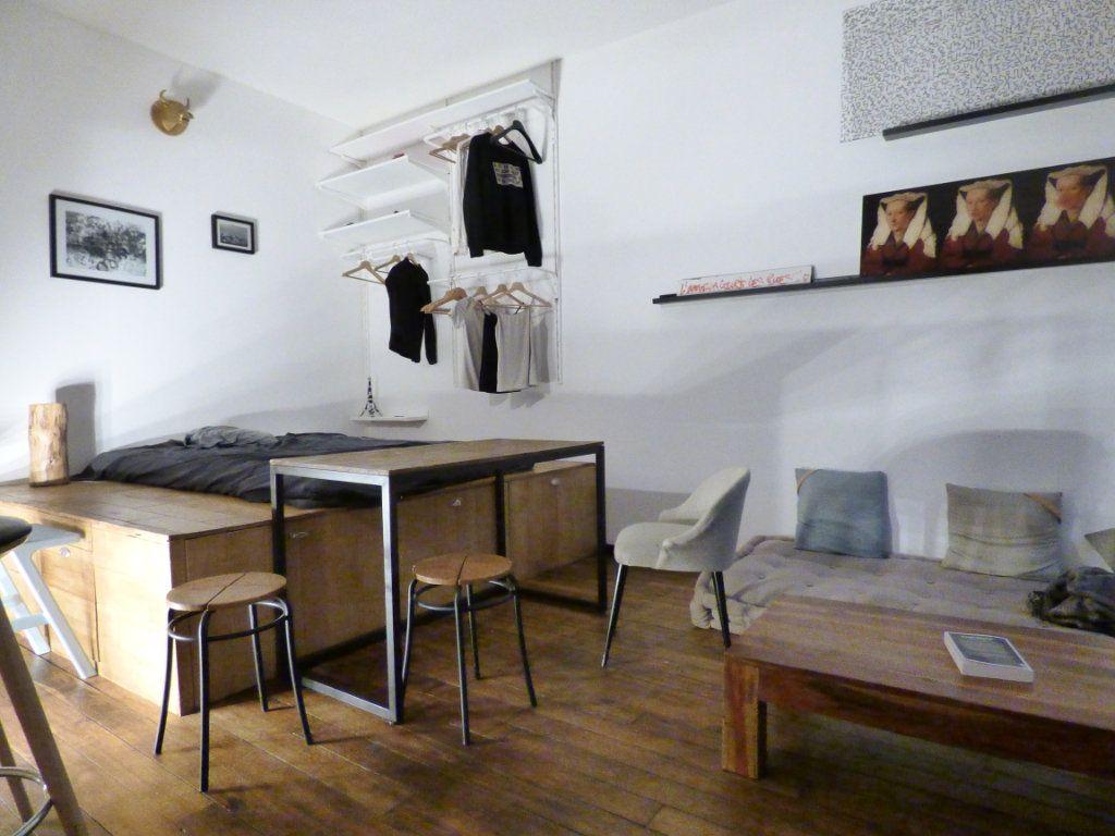 Appartement à vendre 1 24m2 à Paris 18 vignette-3