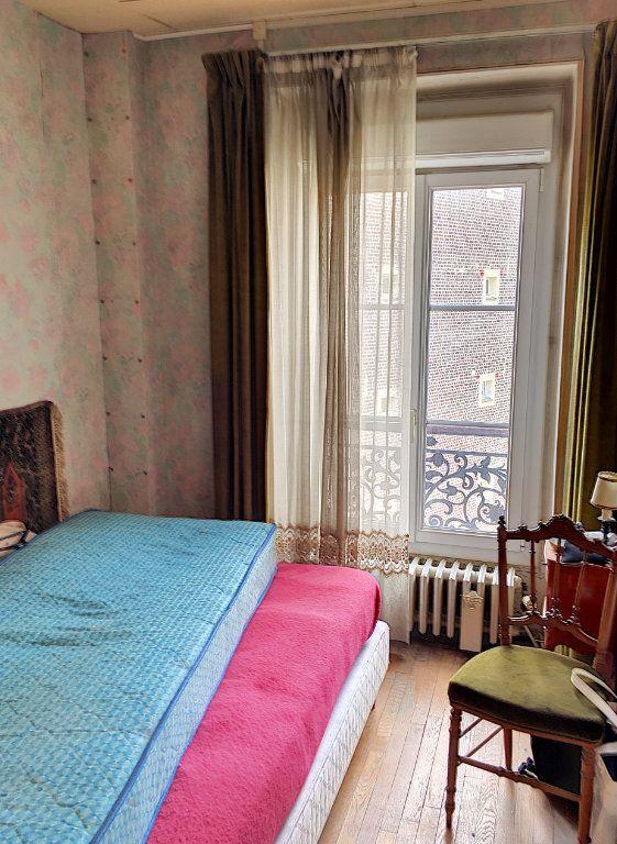 Appartement à vendre 2 29m2 à Paris 18 vignette-6