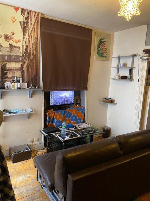 Appartement à vendre 1 22m2 à Paris 10 vignette-2