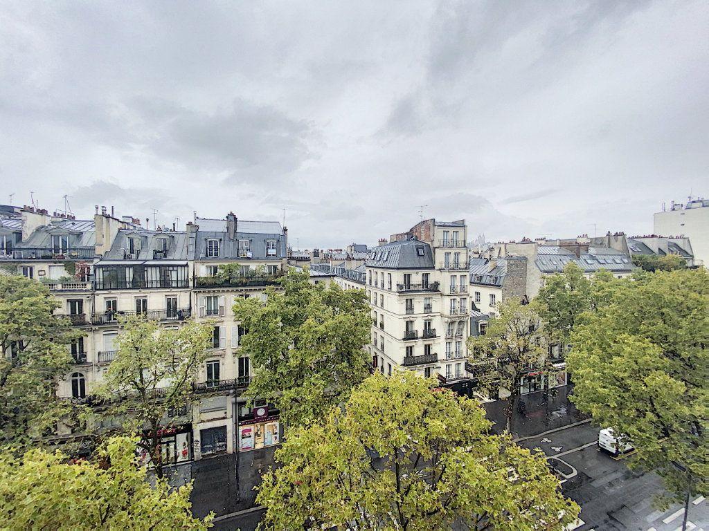 Appartement à vendre 2 32m2 à Paris 10 vignette-1