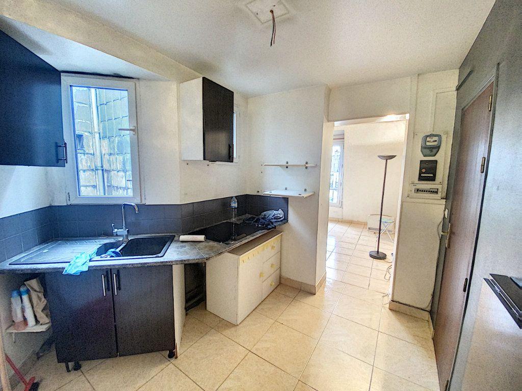 Appartement à vendre 2 32m2 à Paris 10 vignette-5