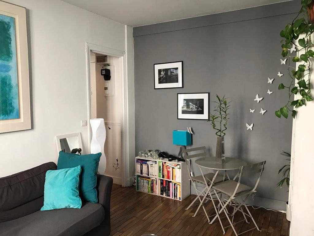 Appartement à vendre 2 34m2 à Paris 18 vignette-2