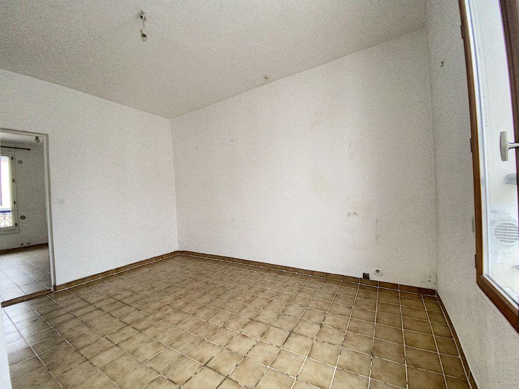 Appartement à vendre 2 36m2 à Paris 10 vignette-4