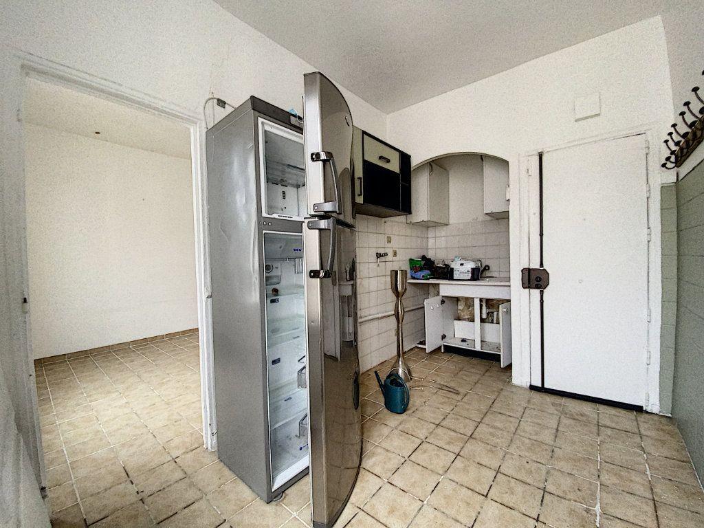 Appartement à vendre 2 36m2 à Paris 10 vignette-8