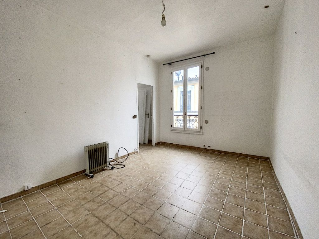 Appartement à vendre 2 36m2 à Paris 10 vignette-10