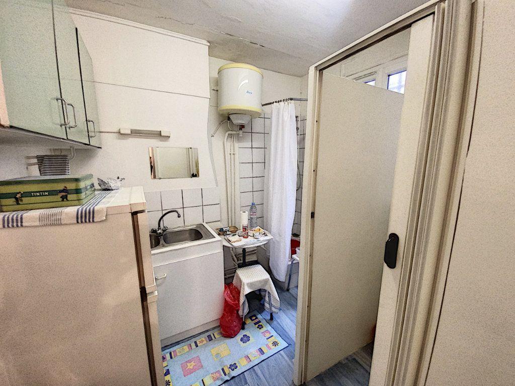 Appartement à vendre 1 29m2 à Paris 9 vignette-5