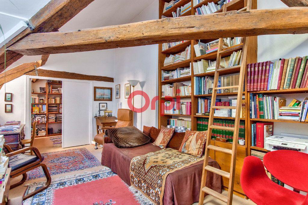 Appartement à vendre 4 127.45m2 à Paris 10 vignette-11