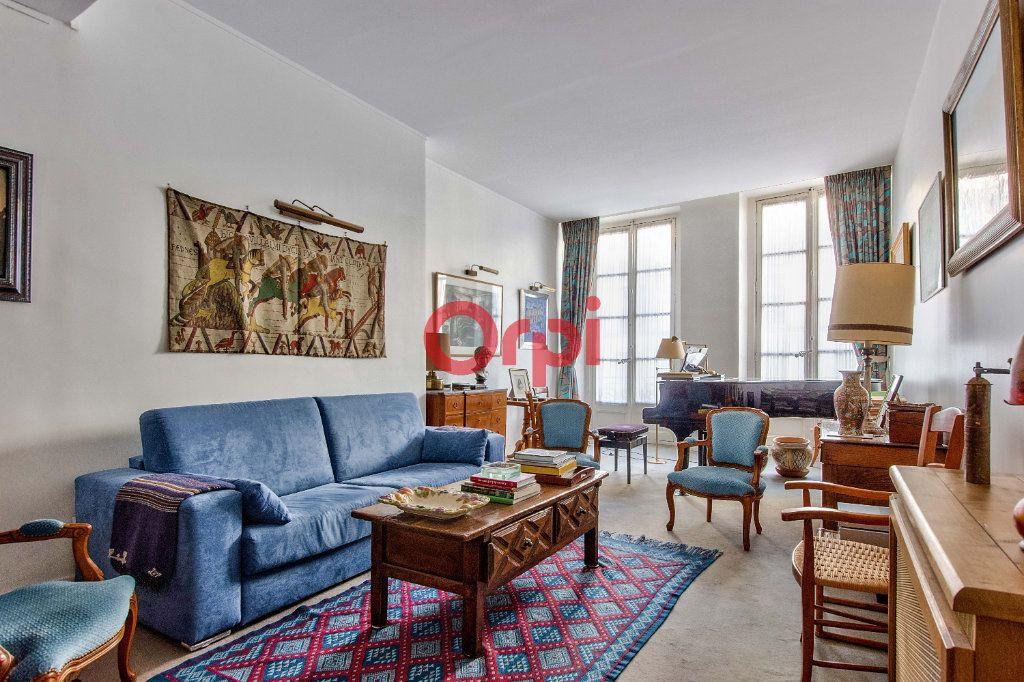 Appartement à vendre 4 127.45m2 à Paris 10 vignette-13