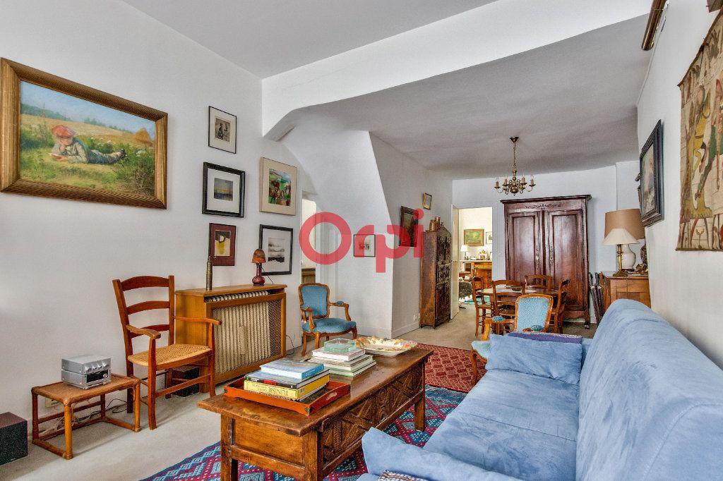 Appartement à vendre 4 127.45m2 à Paris 10 vignette-14