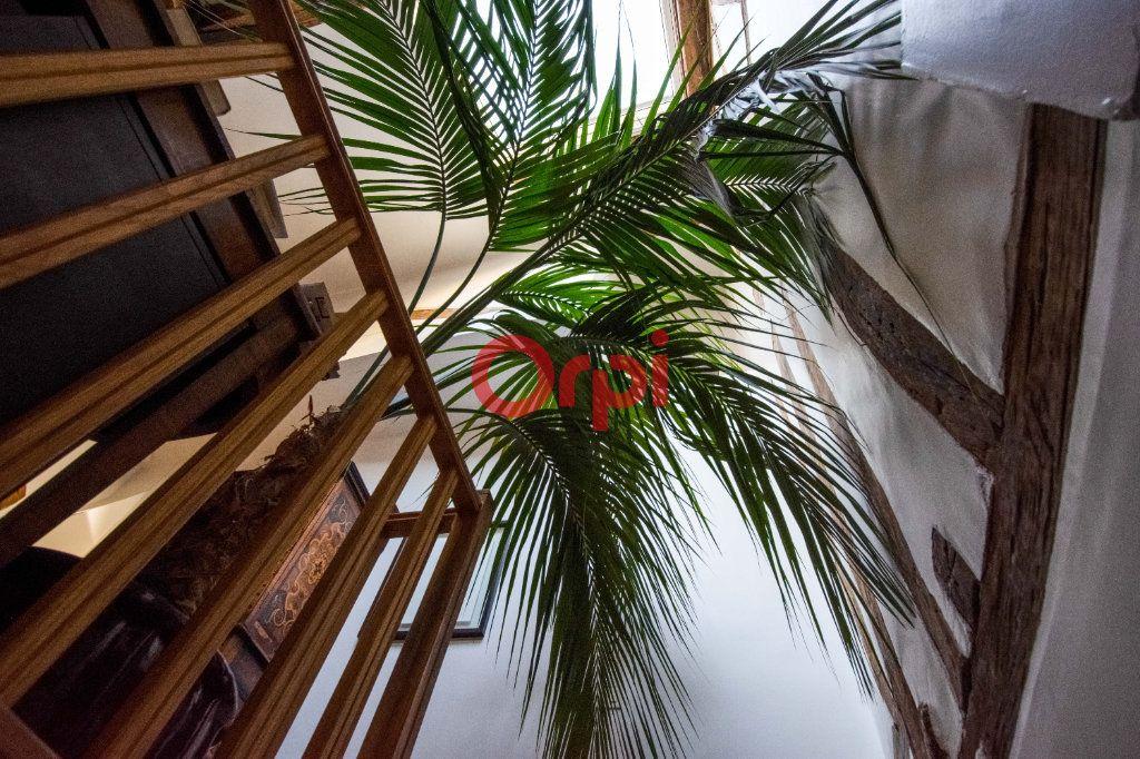 Appartement à vendre 4 127.45m2 à Paris 10 vignette-16
