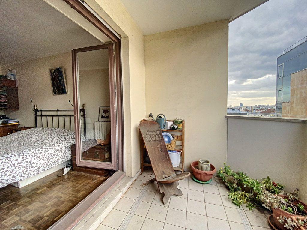 Appartement à vendre 4 82m2 à Paris 19 vignette-15