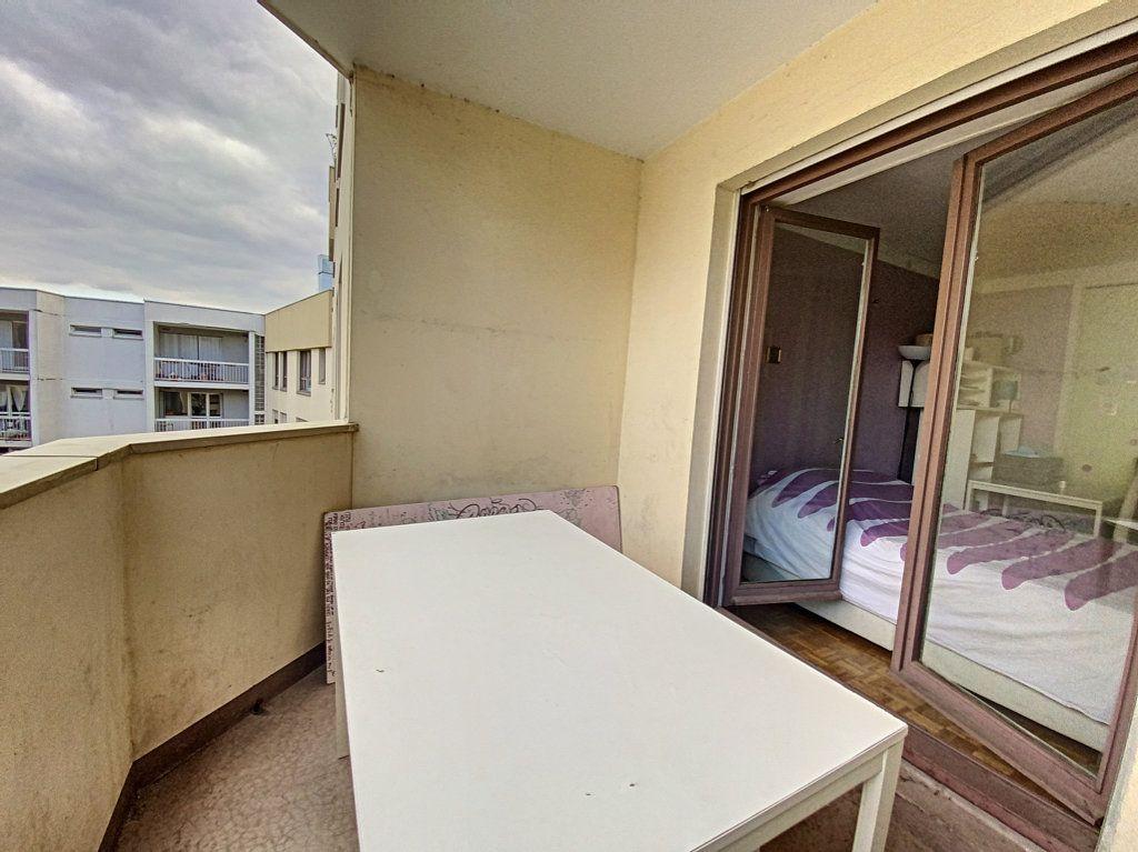 Appartement à vendre 4 82m2 à Paris 19 vignette-18