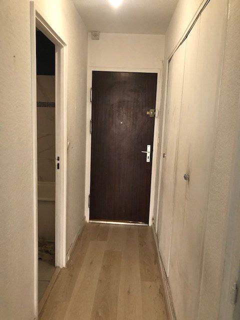 Appartement à vendre 1 26.14m2 à Paris 18 vignette-1