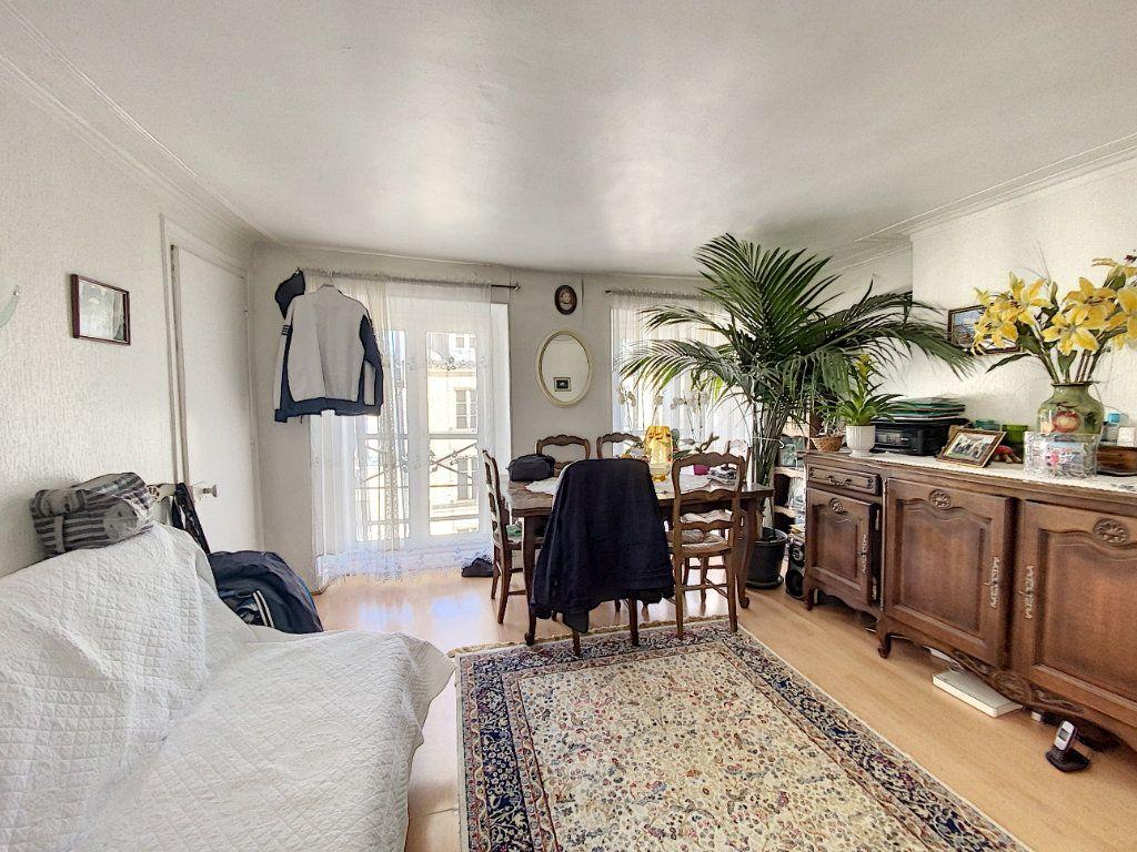 Appartement à vendre 3 52m2 à Paris 10 vignette-3