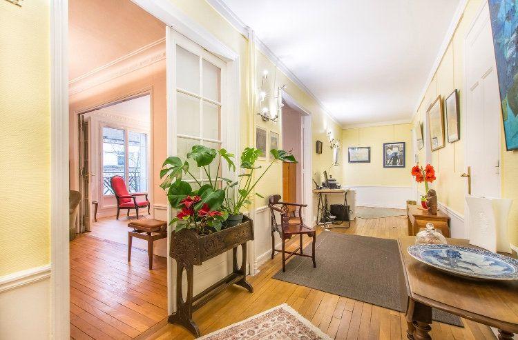 Appartement à vendre 4 121.5m2 à Paris 11 vignette-3
