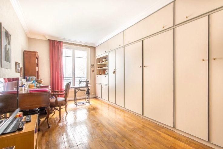 Appartement à vendre 4 121.5m2 à Paris 11 vignette-5