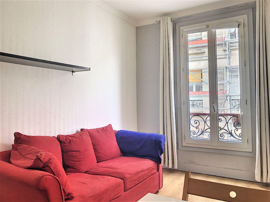 Appartement à vendre 2 28.2m2 à Paris 18 vignette-5