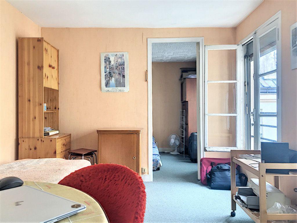Appartement à vendre 2 33m2 à Paris 10 vignette-2