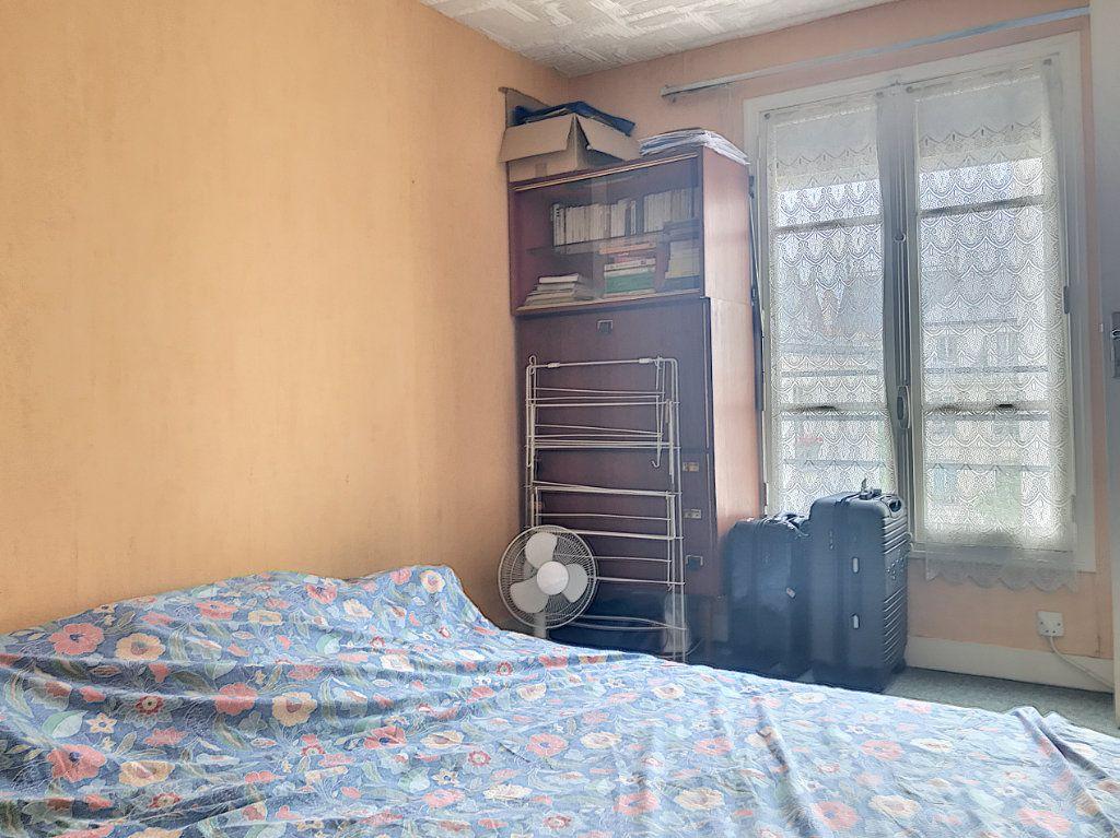 Appartement à vendre 2 33m2 à Paris 10 vignette-4