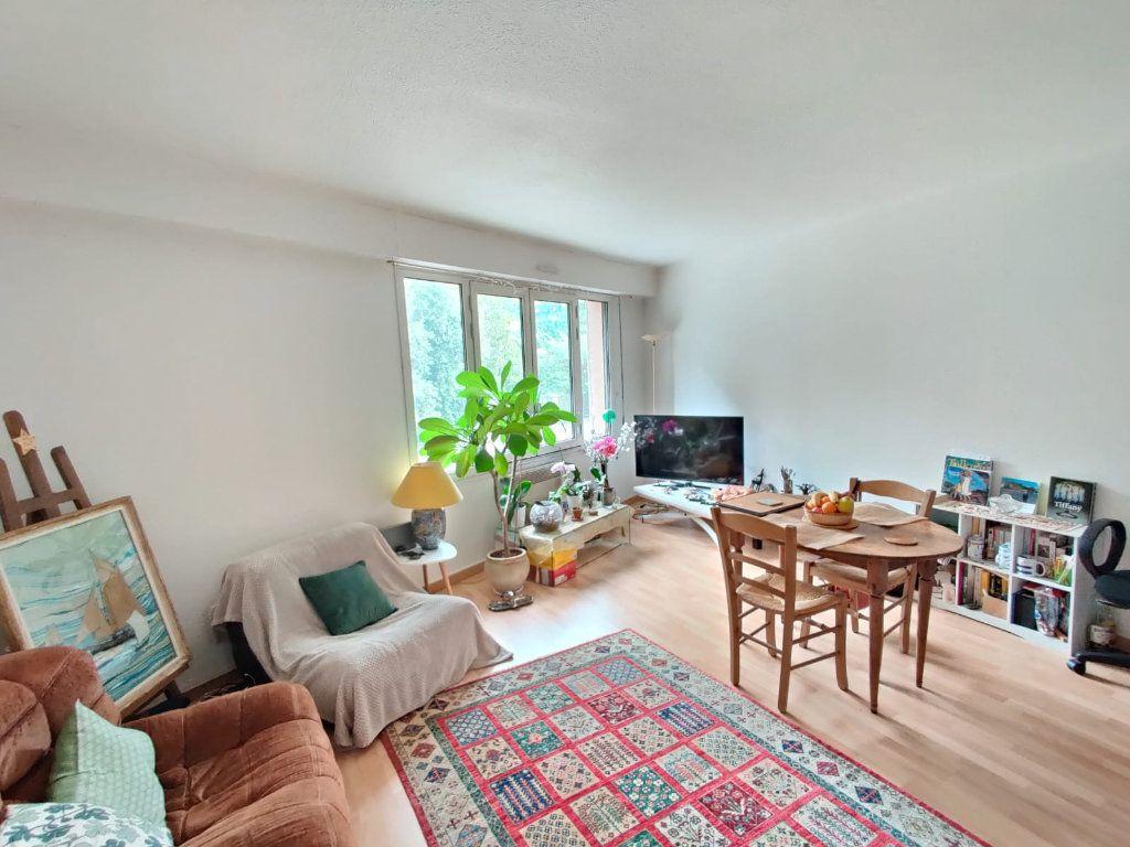 Appartement à louer 2 52m2 à Toulouse vignette-1