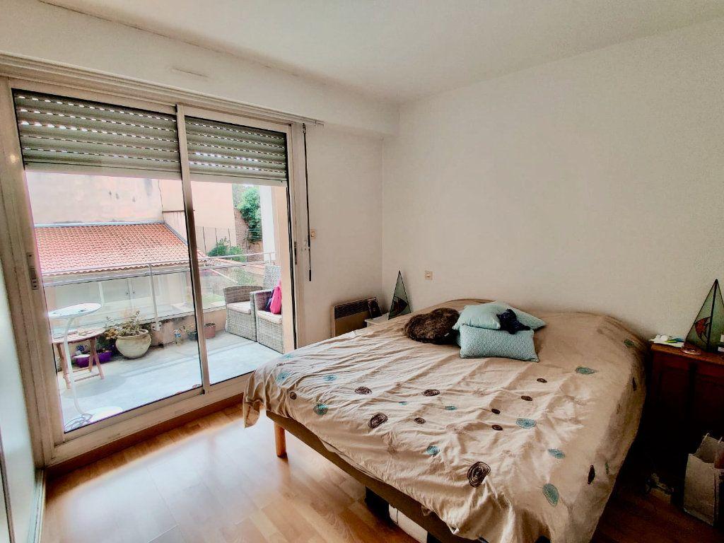 Appartement à louer 2 52m2 à Toulouse vignette-2
