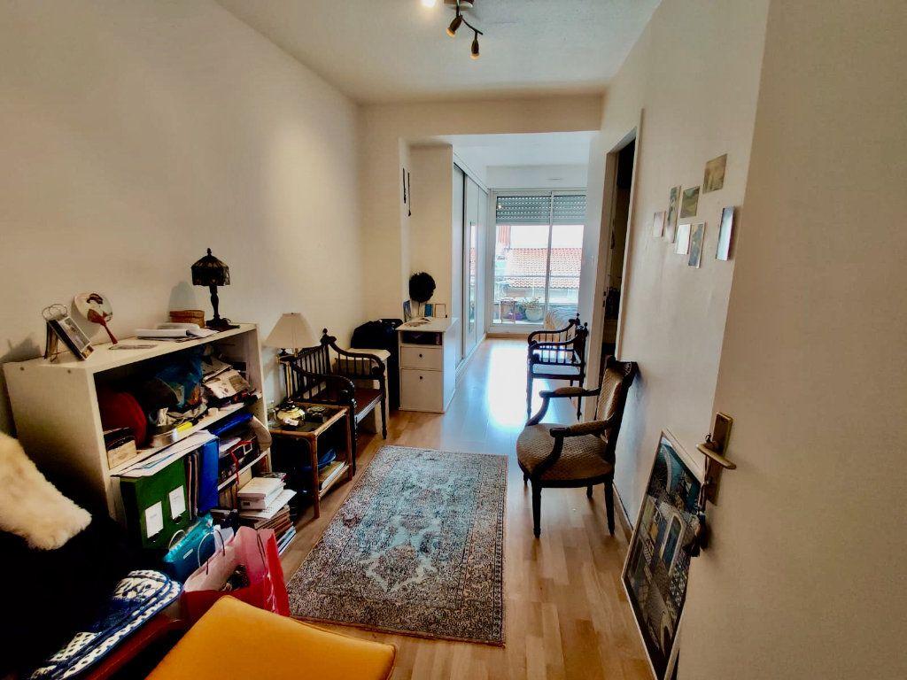 Appartement à louer 2 52m2 à Toulouse vignette-4