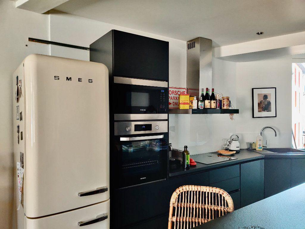 Appartement à louer 2 55.51m2 à Toulouse vignette-3