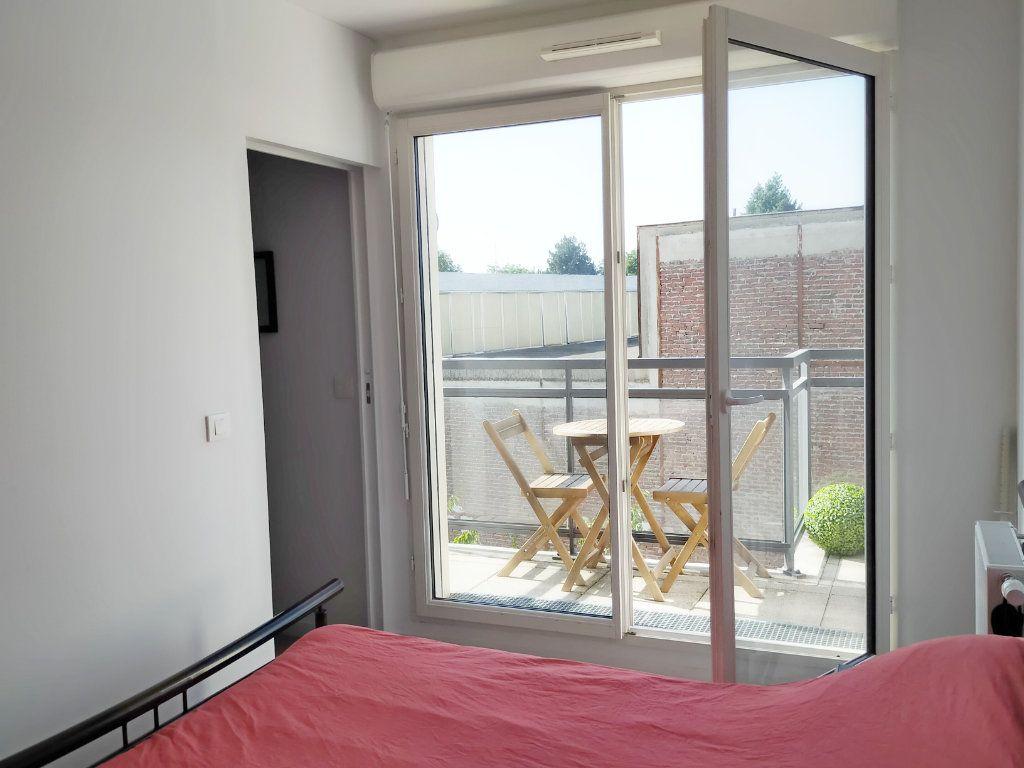 Appartement à louer 2 37m2 à Fontainebleau vignette-3