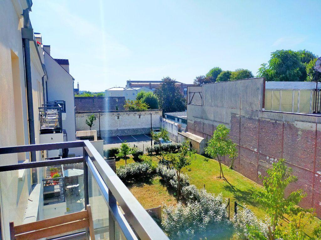 Appartement à louer 2 37m2 à Fontainebleau vignette-5